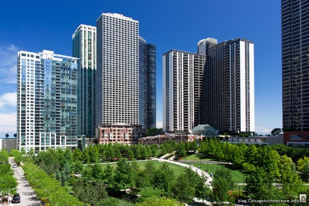 Lakeshore-East-Chicago-Illinois-June-2012-013a