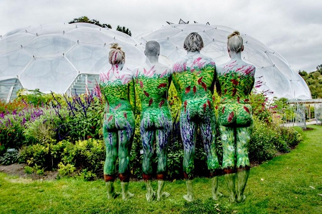 Body-Painting-at-the-Eden-Project-2-Sean-Gee