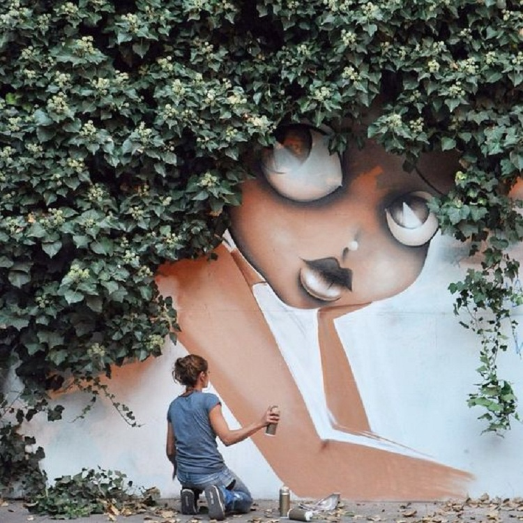 Vinie-Graffiti-Bush-007